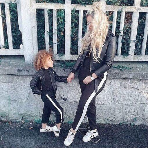 Mother and daughter Smart Athletic Matching Leggings 1