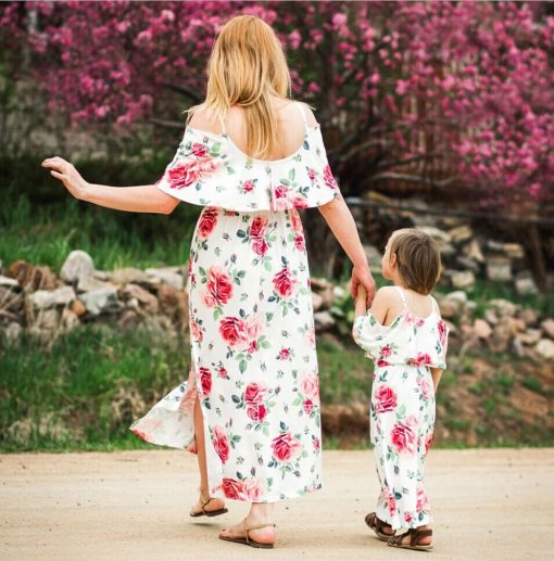 Floral Matching Maxi Dresses for Mother and Daughter 5