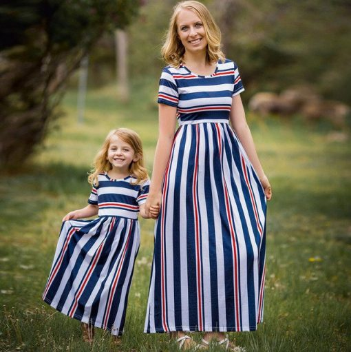 Classic Mother and Daughter Matching Maxi dresses 2