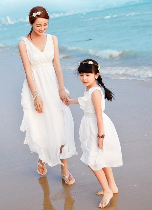 Elegant Mother and Daughter Matching Maxi Dresses 5