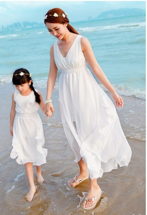 Elegant Mother and Daughter Matching Maxi Dresses 1