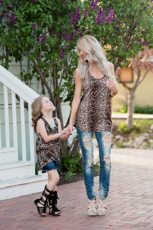 Off-shoulder Mother and Daughter Matching Tops 1