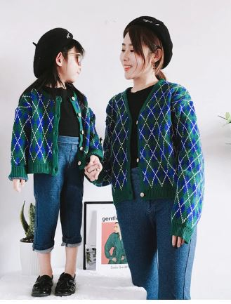 Classic Matching Sweater for Mommy and Daughter 1