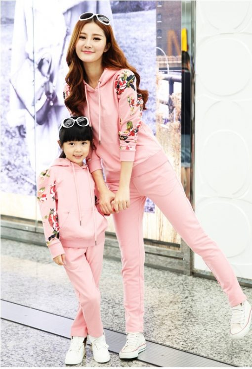Mommy and Daughter Matching Outfit 1