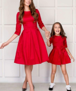 Captivating Mother Daughter Christmas Short-Sleeved Dress