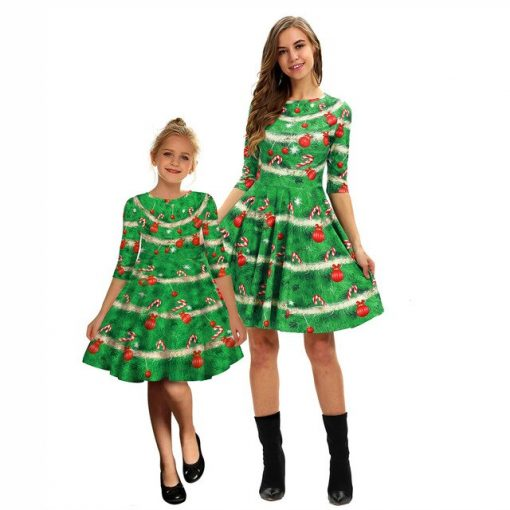Attractive Christmas Outfits for Mother & Daughter 2